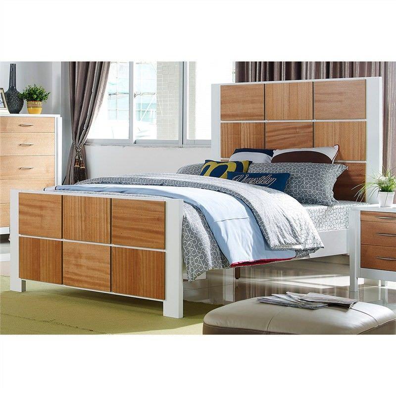 Savannah Solid American Poplar Timber Queen Bed