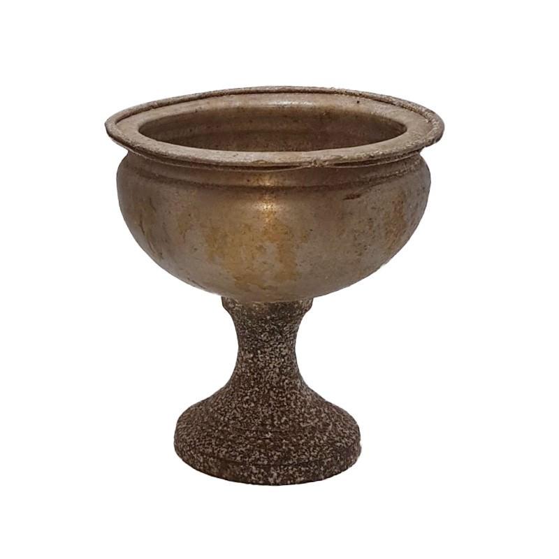 Trophy Metal Pot