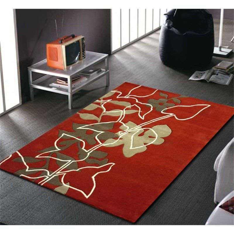 Leaf and Vine Rug in Red - 165x115cm
