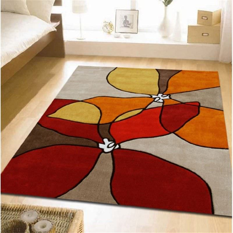 Organic Flower Design Rug in Red and Rust - 165x115cm