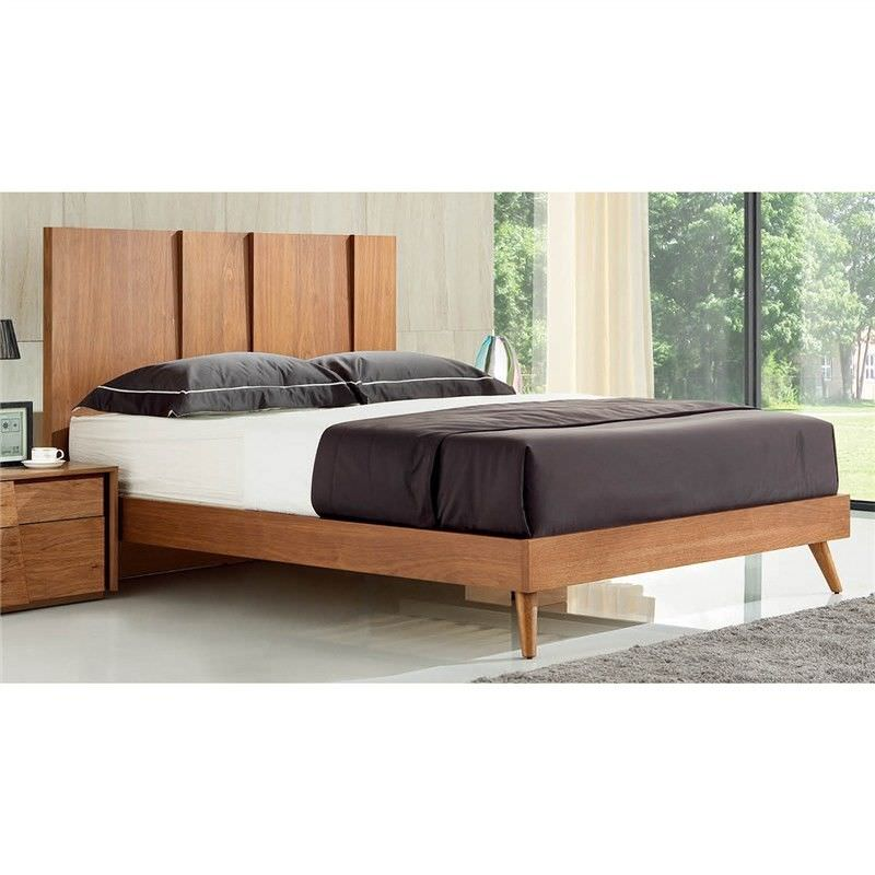 Manus Wooden King Bed