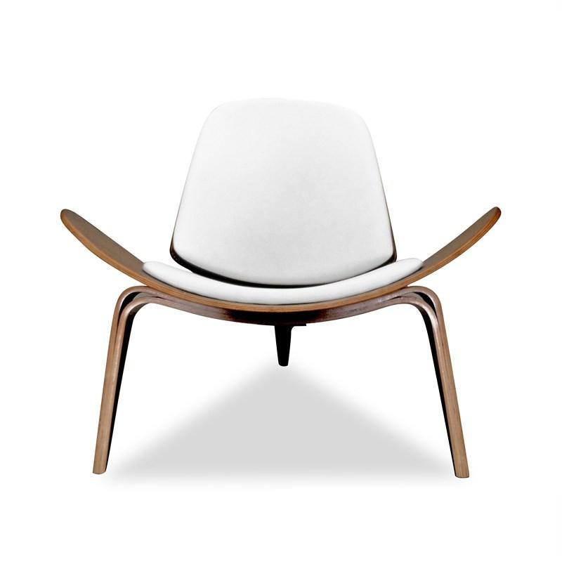 Replica Hans Wegner Shell Chair in White