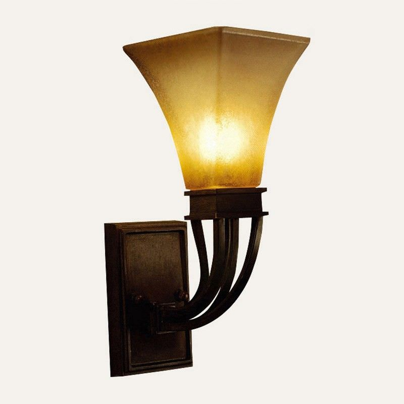 Barney Square Flute Wall Light