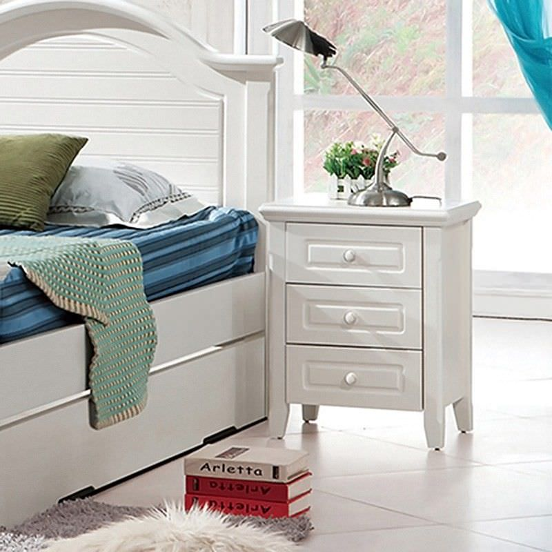 Belly 3 Drawer Bedside Table