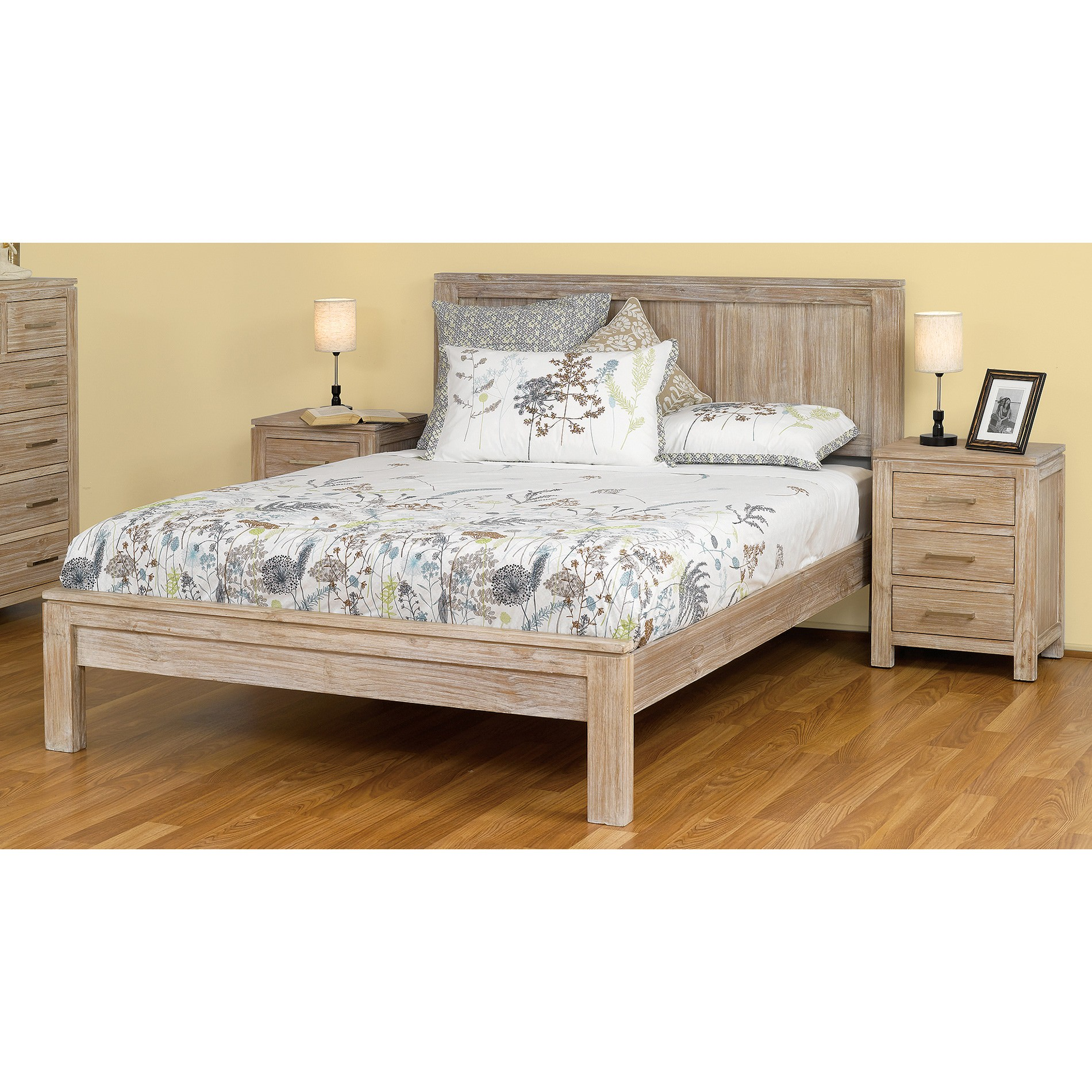Mosman Pine Timber Bed, King