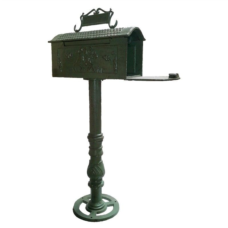 Nomad Cast Iron Traditional Letter Box