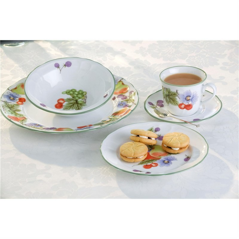 Noritake Floral Bay 40 Pce Setting For 8