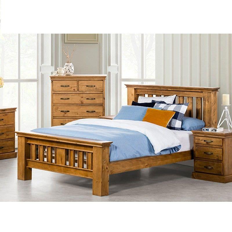 Kipling Solid Pine Timber Queen Bed - Light Oak Finish