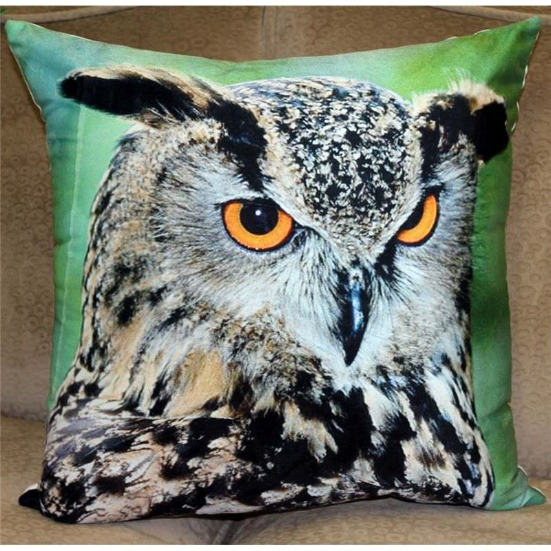Set of 2 Printed Velvet Cushions - Great Horned Owl B