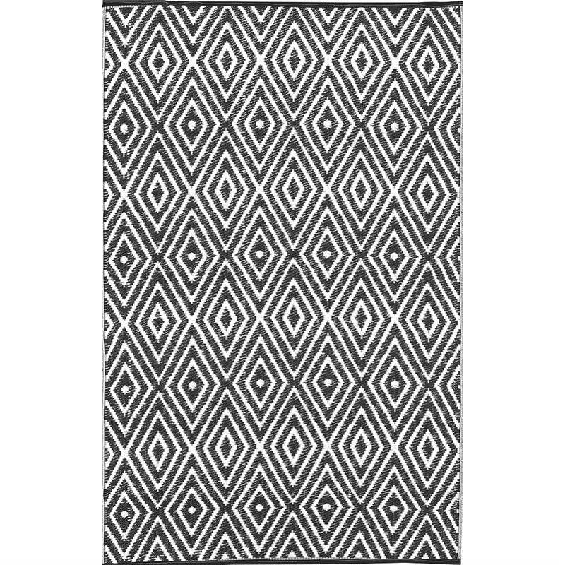 Trendy Diamond Hand Crafted Reversable Outdoor Rug in Black/White - 150x240cm
