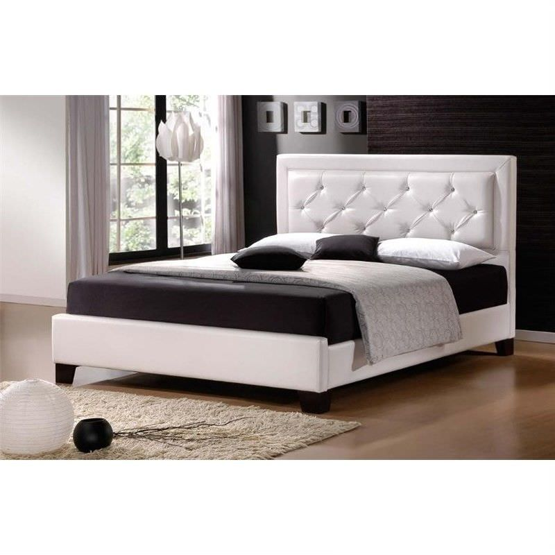 Italian Design Lisa White PU Leather Queen Size Bed with Wooden Frame