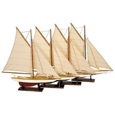 Set of 4 Mini Pond Yacht Models
