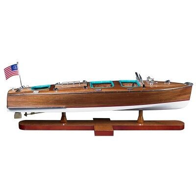 Triple Cockpit Speedboat Model