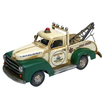 Boutica Handmade Tin Tow Truck Modle